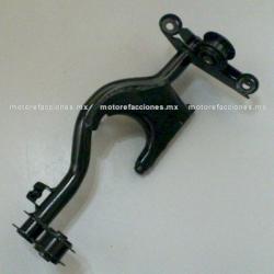 Soporte de Motor - Italika DS125 / DS150 / XS150 / X150 / GS150 / GTS175 / GSC150 / GSC175 / DSG150 - Phantom