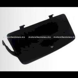 Tapa de Guantera Motoneta - Italika CS125 / XS125 / DS125 (2017 en adelante)